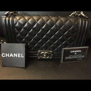 Chanel bag come with authentic card serial number